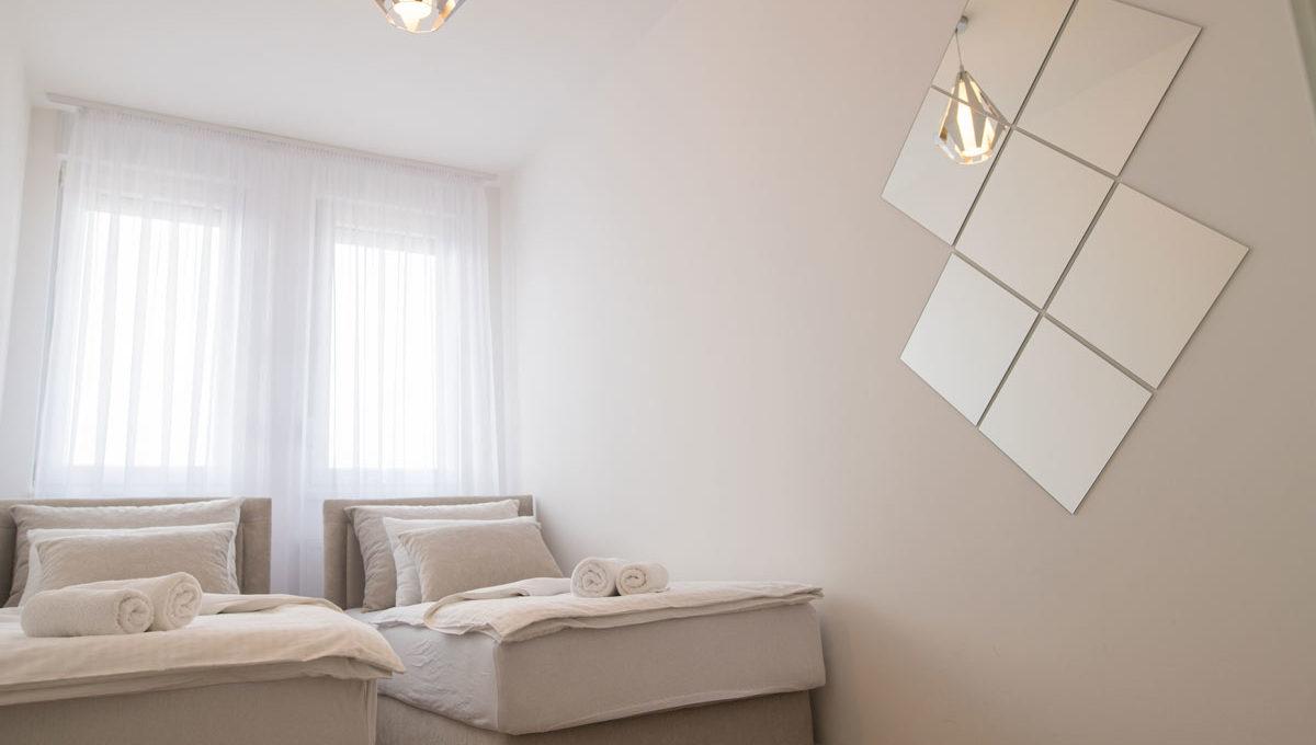 Apartman Bella spavaca soba sa dva kreveta