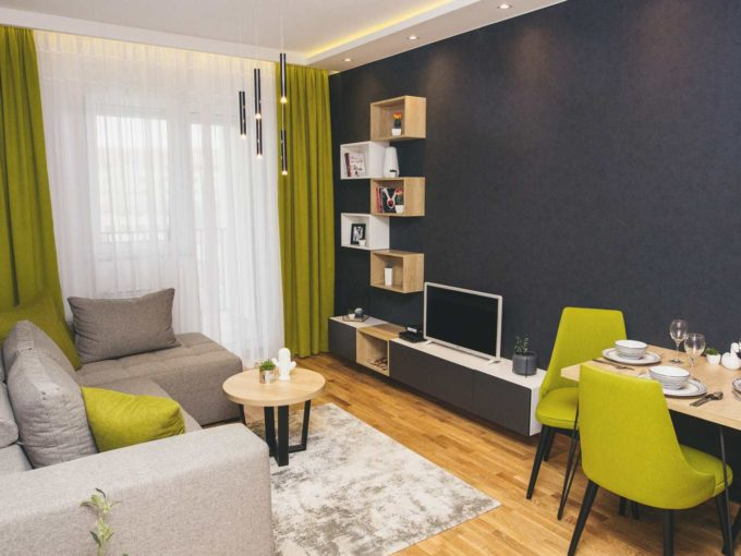 Apartman A14 dnevna soba sa crnim zidom